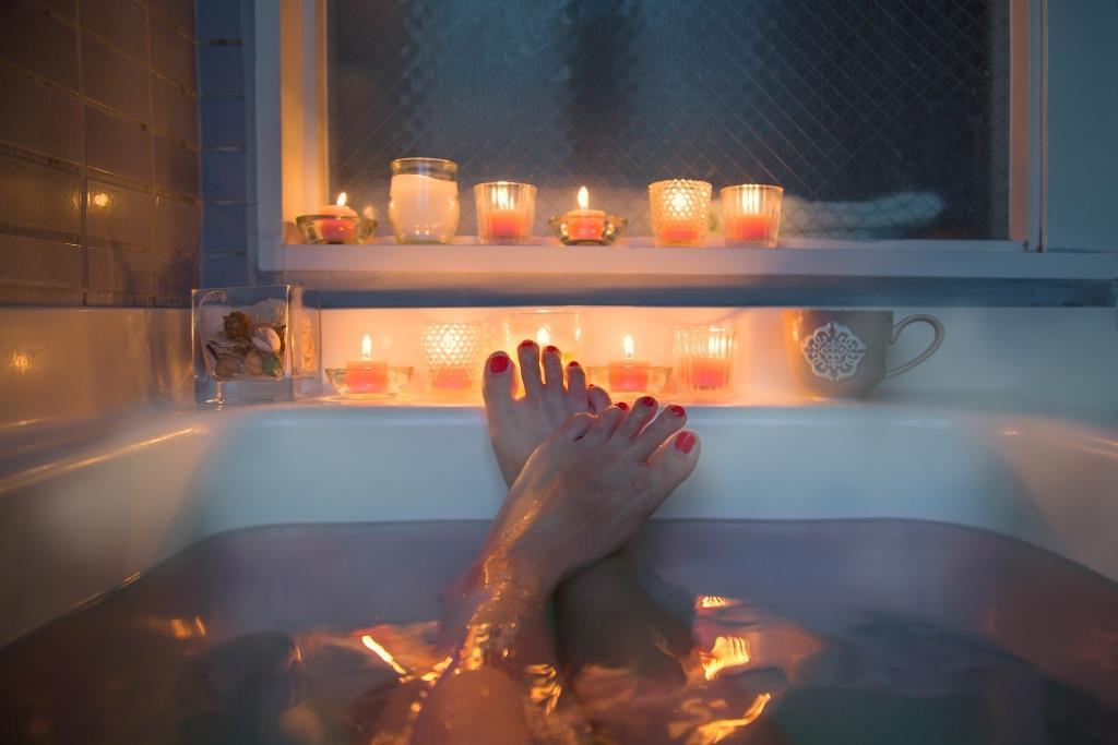 тепла ванна